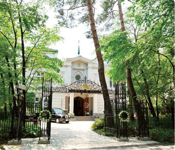 敷地内施設「セント・ミッシェル教会」